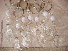 angeles : holaaa les dejo estos lindos llaveros de angeles en tan solo $25!!!!!  o en $20 (mas de 30 pzas)  interesadas comuniquense!     bisuteria_dama