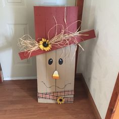 My scarecrow I made out of pallets & hand painted