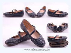 Spanyol Pikolinos női bőr cipők különleges és egyedi megjelenést biztosítanak. A Spanyol Pikolinos cipők a minőség mellett a mediterrán hangulat és a kényelem is garantált. Valentina Cipőboltokban & Webáruházban a legtöbb Pikolinos cipőből rendelhet.