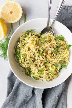 spaghetti met groene olijven en kruiden