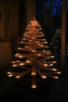 Árboles de Navidad muy económicos y originales con palets (II)