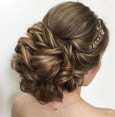 Hair Up Styles, Long Hair Wedding Styles, Wedding Hair Flowers, Wedding Hair And Makeup, Hair Makeup, Trendy Wedding, Wedding Hairstyles For Long Hair, Fancy Hairstyles, Bridal Hairstyles
