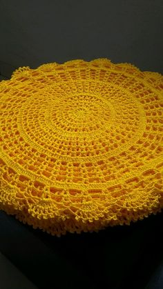 Crochet sunflower doily / Lace / Yellow with black or brown / inches cm), Crochet Placemat Patterns, Crochet Doily Diagram, Crochet Poncho Patterns, Filet Crochet, Diy Crochet, Knitting Patterns, Crochet Sunflower, Crochet Flowers, Crochet Dollies
