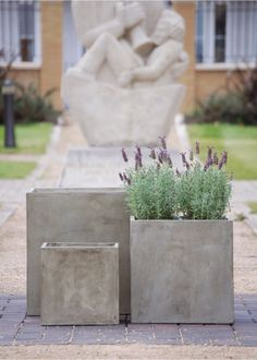 Fresco lightweight planters from IOTA inspired by the look of Italian polished plaster. Large range of exclusive planters and plant containers, trade enquiries welcome. Concrete Planter Boxes, Trough Planters, Concrete Planters, Large Garden Planters, Rectangular Planters, Garden Pots, Garden Wall Designs, Garden Design, Contemporary Planters
