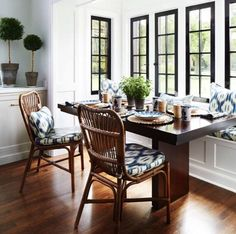 Home interior Design Videos Living Room Hanging Plants Link – Right here are the best pins around Coastal Home interior! Home, Home Kitchens, House Styles, Sweet Home, Dining Room Inspiration, Interior, Dining Nook, Beautiful Kitchens, House Interior