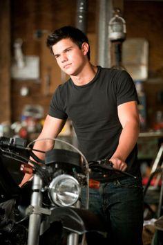 Still of Taylor Lautner in The Twilight Saga: Eclipse