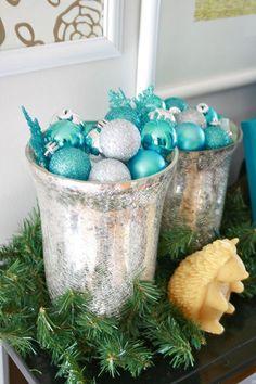 Christmas tabletop | via Dream Green DIY