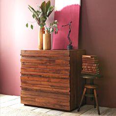Оригинальный деревянный комод