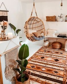 SIMPLE AND COMFORTABLE Teardrop wooden indoor bohemian swing to make your interior bohemian and one or more planter is mus to turn your room into boho style. Boho Decor Diy, Bohemian Beach Decor, Bohemian House, Bohemian Design, Bohemian Living, Boho Houses, Bohemian Studio, Bohemian Chic Decor, Bohemian Furniture