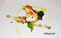Medaglioni di pescatrice alla liquirizia e foglie di limone, con crema di melanzane e sfoglie di patate dolci