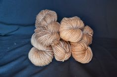Dyeing with wallnuts! Tiñendo con nueces! PONTELANA