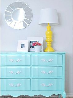 Yellow and turquoise. love!