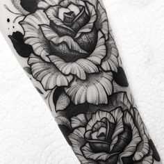 ⚫️Franki Tattoo⚫️ (@franki_tattoo) • Fotos y vídeos de Instagram Tattoo On, Blackwork, Skull, Sketches, Ink, Instagram, Weed, Color, Lady