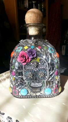 Day of the Dead Patron Bottle Sugar Skull Design by Anitasmosaics Tequila Bottles, Liquor Bottles, Bottles And Jars, Patron Bottles, Patron Bottle Crafts, Glass Bottles, Day Of Dead, Day Of The Dead Party, Liquor Bottle Crafts