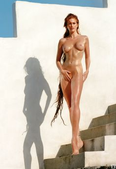 Angie Everhart first graced the pages of Playboy back in February 11 years on its time to take another look at this gorgeous redheads Angie Everhart, Playboy, Life Is Beautiful, Beautiful Women, Photo Star, Stars Nues, Elle Macpherson, Nude Photography, Fairy Tail