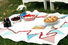 Bunting Tablecloth picnic blanket