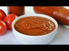 Ketchup de casa | JamilaCuisine - YouTube Bologna, Kimchi, Ketchup, Lasagna, Pickles, Chili, Peanut Butter, Good Food, Cooking