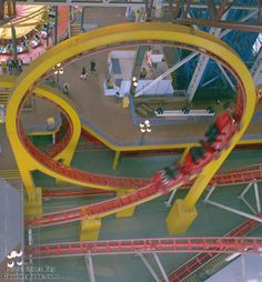 Looking for statistics on the fastest, tallest or longest roller coasters? Find it all and much more with the interactive Roller Coaster Database. Parks Canada, Roller Coasters, Circus Party, Amusement Parks, Carnival, Parties, Cars, Ideas, Fiestas