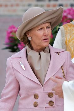 Posted on July 4, 2013 by HatQueen....Queen Sonja of Norway (née Sonja Haraldsen) celebrates her 76th birthday today...... Happy Birthday Queen Sonja!!