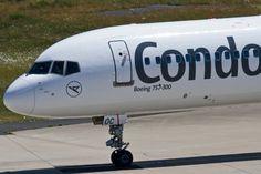 Condor (DE/CFG), D-ABOC, Boeing, 757-330 wl (Bug/Nose ~ neue DE-Lkrg.), 05.06.2015, CGN-EDDK, Köln-Bonn, Germany