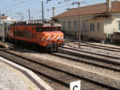 CP (Comboios de Portugal) 1900 series electric locomotive, Santarém, Portugal