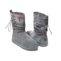 Nepal boots from Toms
