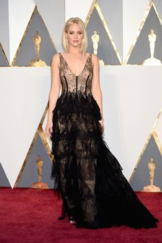 Jennifer Lawrence  - HarpersBAZAAR.com