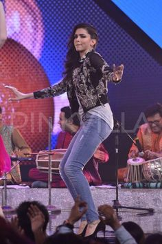 """Deepika Padukone and Arjun Kapoor visited the sets of reality show """"India's Raw Star"""" to promote their forthcoming movie """"Finding Fanny"""". The show is hosted by Gauahar Khan and is being judged by Yo Yo Honey Singh."""