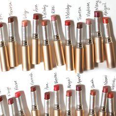 Happy #InternationalWomensDay! Jane Iredale gaf iedere PureMoist Lipstick de naam van een vrouw die haar inspireerde. Welke vrouw inspireert jou? #JaneIredale #makeup #Healthyskin #Happyme