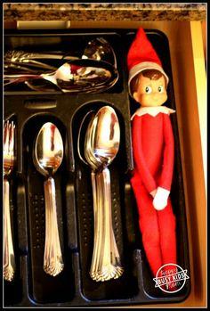 25 Simple Elf on the Shelf Ideas Silverware Elf - the easiest EVER and tons of fun! Everyone loved to find him at breakfast! Noel Christmas, Christmas Elf, All Things Christmas, Christmas Ideas, Bonbon Halloween, Elf Auf Dem Regal, Elf Christmas Decorations, Awesome Elf On The Shelf Ideas, Elf Magic