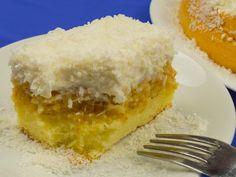 "TV Prăjitura ""Raffaello""- un desert fascinant ce se topește în gură! Cheese Cookies, No Cook Desserts, Cornbread, Vanilla Cake, Sweet Treats, Cheesecake, Food And Drink, Sweets, Cooking"