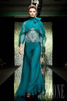 Rami Al-Ali - Alta moda - «The Peacock in you», A-I 2009-2010 - http://it.flip-zone.com/fashion/couture-1/independant-designers/rami-al-ali