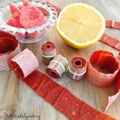 {GUAVA FRUIT LEATHER} . I recently posted a strawberry fruit leather recipe (#wbestrawberryleather) and I got asked whether you can make other fruit versions and the answer is YES!! . This time I tried to make my favorite fruit leather growing up we called it GUAVA ROLL. Been wanting to buy some for my boys to try but I can't believe how much sugar most of them contain so I tried them at home and they're great! Sweet & tangy! Yum! They've been a big hit too! . These are great for the…