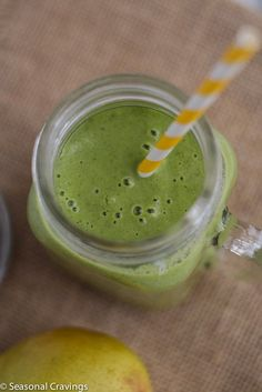 Green Kale, Pear and Almond Smoothie - a great way to start 2016!