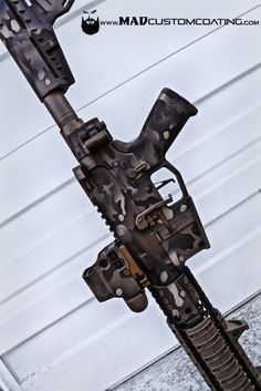 MAD Custom Coating has the largest applicator photo gallery and the only gallery that is searchable according to color and application. Camo Guns, Hunting Rifles, How To Paint Camo, Camo Paint, Armas Airsoft, Custom Guns, Military Guns, Firearms, Shotguns