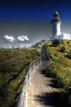 Byron Bay Lighthouse - Cape Byron Light is an active lighthouse located at Cape Byron, New South Wales, Australia. The cape is the easternmost point of the mainland of Australia, located about 3 kilometres (1.9 mi) northeast of the town of Byron Bay. It is Australia's most powerful lighthouse, with a light intensity of 2,200,000 cd