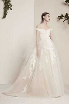 Lovely neckline, love the skirt shape!!! Love the whole skirt! ELIE SAAB Bridal | Spring 2018