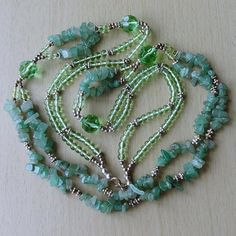 Vintage 2-Strand Green JADE Quartz & Glass Bead Necklace