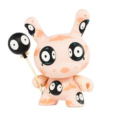 Wish I can pull a blind box with this inside. dunny-2012-tara-mcpherson