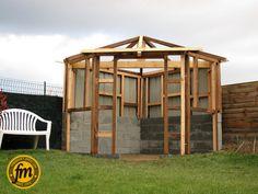 Cabane de jardin d 39 angle sur mesure charpente for Cabane jardin sur mesure