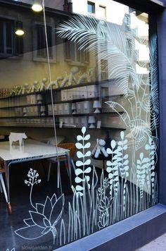 Dessin sur vitrine Slowgarden pour Edward / Marseille.