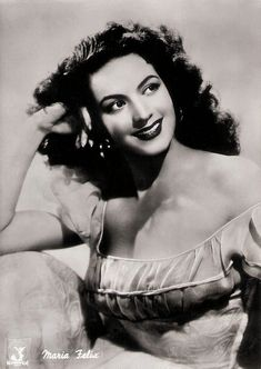 https://flic.kr/p/FVzo1d | Maria Felix | Italian postcard by Bromofoto, Milano, no. 272. Photo: Manderfilm, Roma. Publicity still for Maclovia (Emilio Fernández, 1948).  Energetic, fiery femme fatale María Félix (1914–2002) was an icon of the Golden Age of Mexican cinema. She was considered one of the most beautiful film actresses of her time, and one of the erotic myths of the Spanish-language cinema. Her career included 47 films made in Mexico, Spain, France, Italy and Argentina.