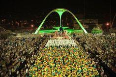 Veja os enredos que as escolas do Rio levarão para a avenida neste segundo dia de desfiles #Brasil, #Carnaval, #Cenário, #Desfile, #Elite, #Funk, #Grupo, #Hoje, #Humor, #Jazz, #M, #Mocidade, #Música, #Noticias, #QUem, #Resumo, #RioDeJaneiro, #Rock, #UnidosDaTijuca, #Youtube http://popzone.tv/2017/02/veja-os-enredos-que-as-escolas-do-rio-levarao-para-a-avenida-neste-segundo-dia-de-desfiles.html