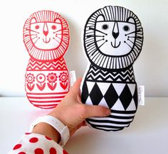Jane Foster Blog: New Scandinavian Toy Lions by Jane Foster