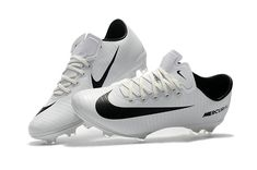 nike mercurial white pink,ronaldo studs,the new Nike Football Boots, Nike Boots, Soccer Boots, Best Soccer Cleats, Nike Cleats, Nike Soccer, Soccer Memes, Soccer Tips, Soccer Pictures