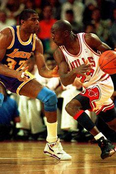 Get your Chicago Bulls gear today I Love Basketball, Michael Jordan Basketball, Basketball Pictures, Basketball Legends, Nba Players, Basketball Players, Jordan Bulls, Air Jordan, Michael Jordan Pictures
