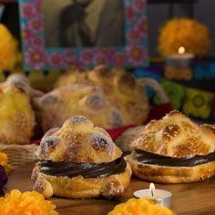 Mole, Day Of The Dead Party, Pan Dulce, Muffin, Bread, Baking, Breakfast, Halloween, Instagram