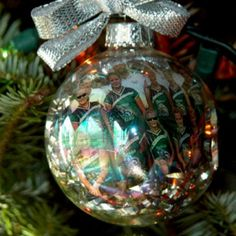 Picture inserted inside clear glass ball with shredded paper and a bow on top (this one is iridescent. Fu gift for teammates! Handmade Ornaments, Diy Christmas Ornaments, Diy Christmas Gifts, Glass Ornaments, Christmas Time, Christmas Bulbs, Christmas Decorations, Softball Gifts, Softball Stuff