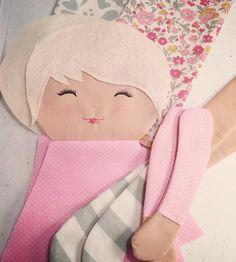 "225 To se mi líbí, 8 komentářů – SpunCandy Dolls ~ Omaha, NE (@spuncandydolls) na Instagramu: ""Working on a couple of ready-to-ship #easterdolls tonight...including this cutie #dollmaking…"""