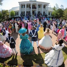 Azalea festival Garden party   #wilmington #azaleafestival www.sallingtate.com